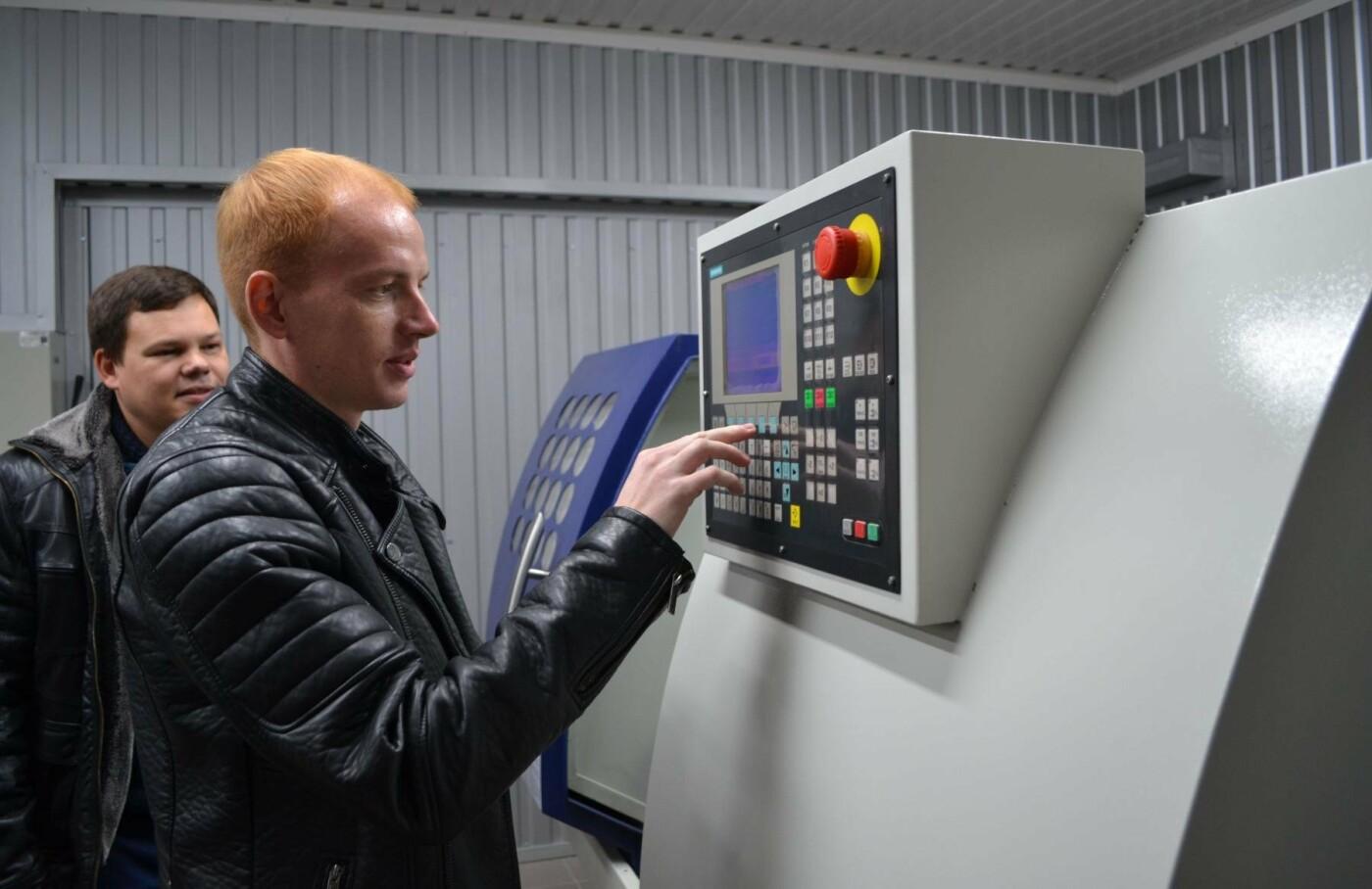 В ЗНТУ презентовали обновлённую уникальную лабораторию, созданную в рамках проекта «Запорожье научное» по инициативе мецената Александра Б..., фото-10