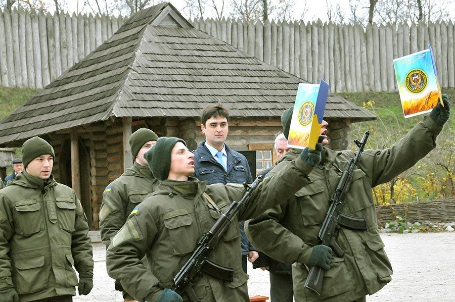 Новобранцы Нацгвардии Украины приняли присягу на острове Хортица, - ФОТО, фото-6