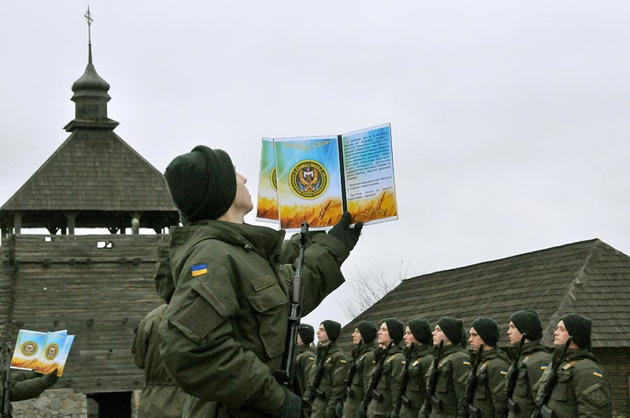 Новобранцы Нацгвардии Украины приняли присягу на острове Хортица, - ФОТО, фото-3