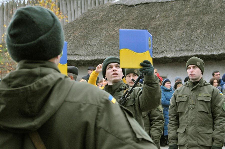 Новобранцы Нацгвардии Украины приняли присягу на острове Хортица, - ФОТО, фото-4