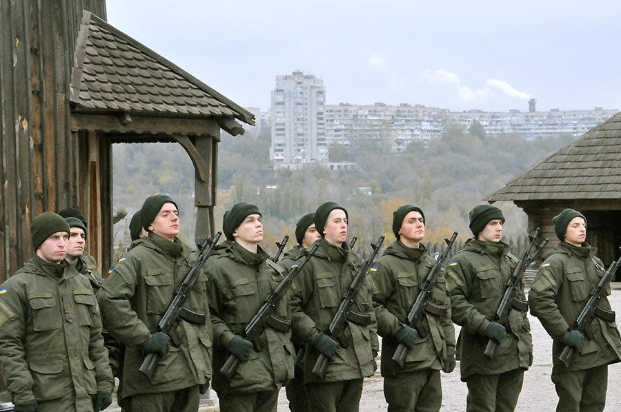 Новобранцы Нацгвардии Украины приняли присягу на острове Хортица, - ФОТО, фото-5
