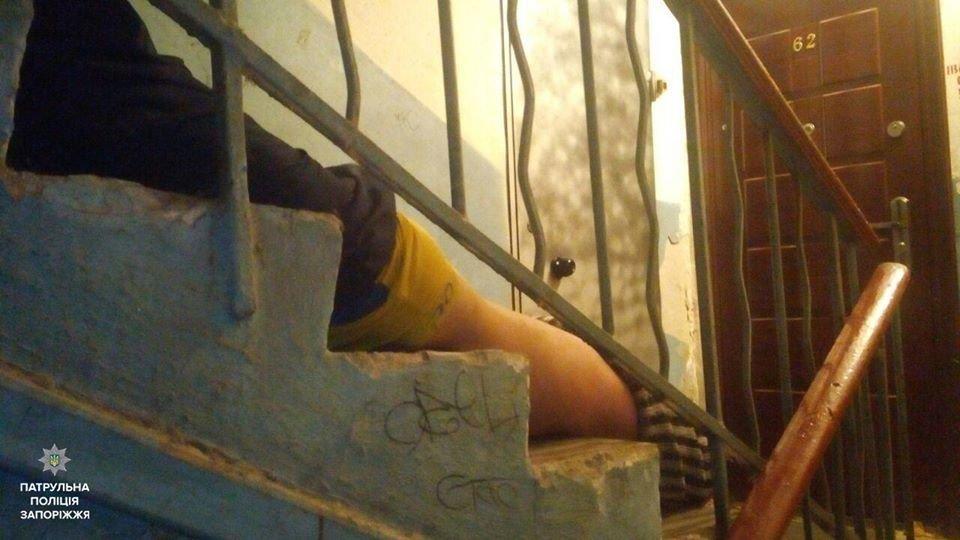 В Запорожье застолье закончилось убийством в подъезде, - ФОТО, фото-2