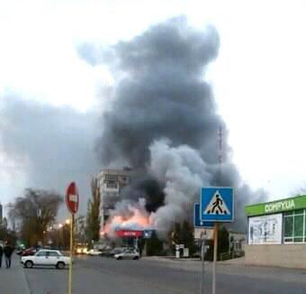 В Запорожской области в торговом центре случился пожар: сгорел магазин техники, - ФОТО, ВИДЕО, фото-2
