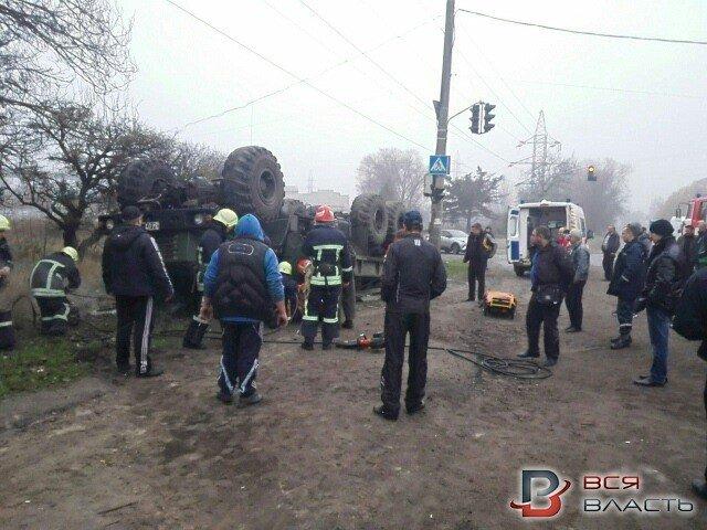 В Запорожье перевернулось авто с военными: погиб водитель, - ФОТО, фото-5