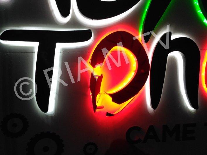 В Мелитополе неизвестные во второй раз разбили фотозону, - ФОТО, фото-1