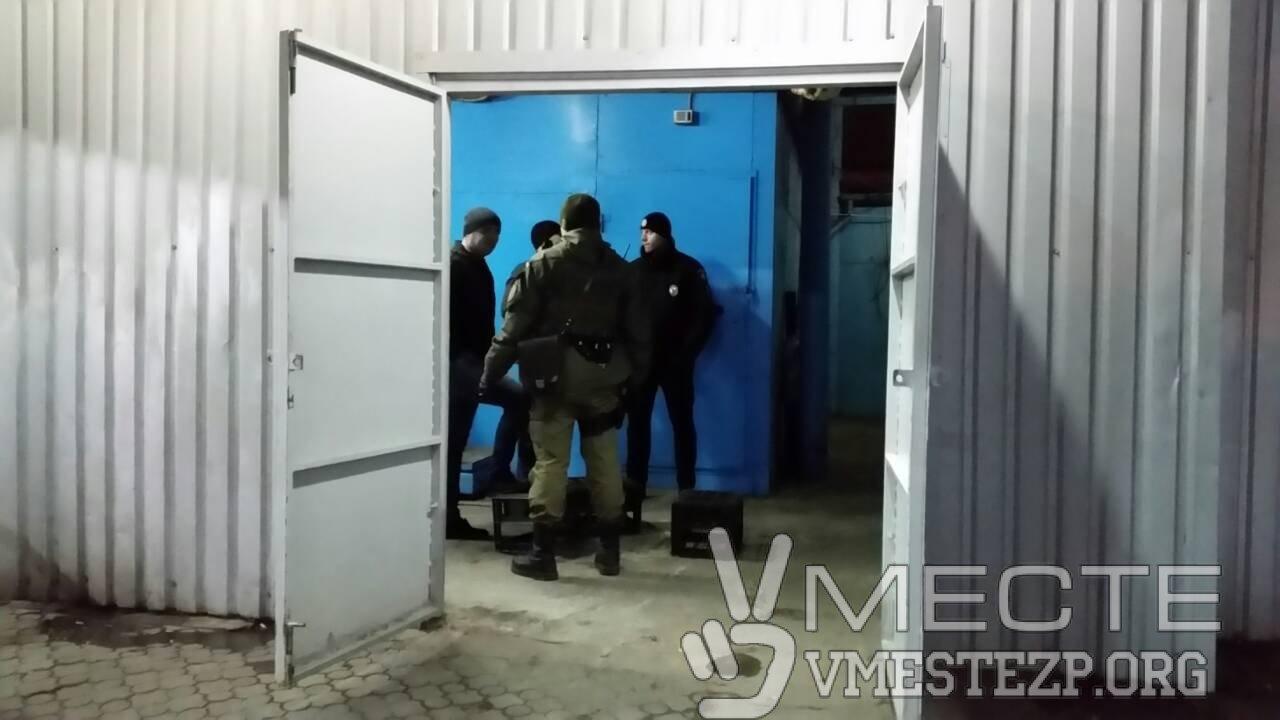 На запорожском автовокзале иностранец угрожал посетителям гранатой, - ФОТО, фото-2