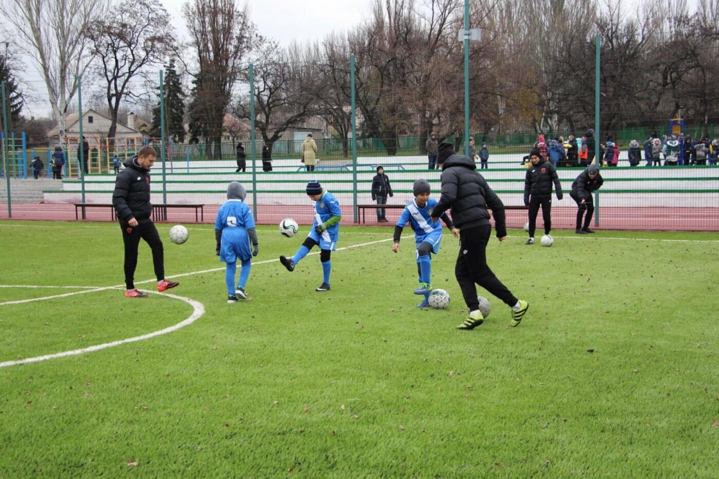 В школе Заводского района открыли очередной стадион, - ФОТО, фото-8