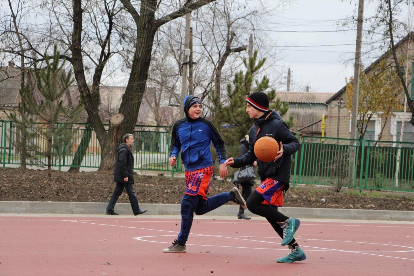 В школе Заводского района открыли очередной стадион, - ФОТО, фото-6