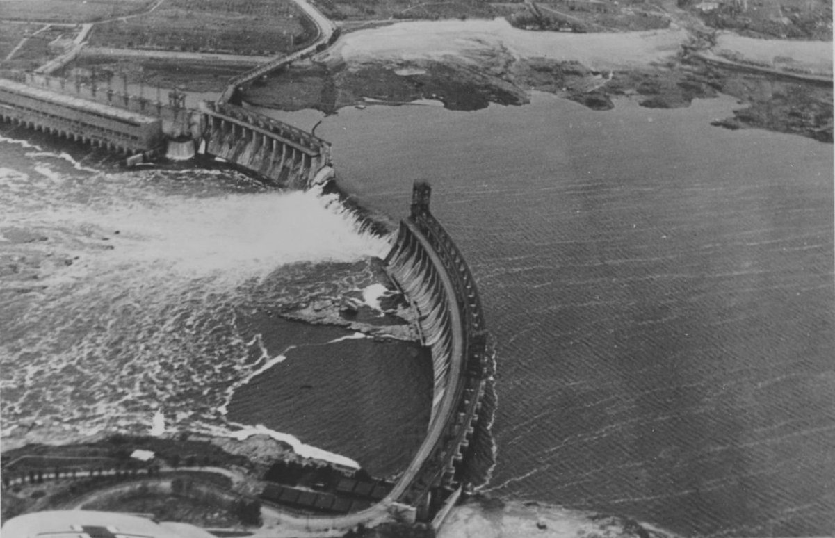 Двадцатиметровая волна на скорости 17 м/с — в запорожской мэрии подробно описали последствия прорыва Днепрогэса, фото-1