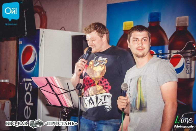 Директор запорожского департамента туризма отдал тендер на рекламу барабанщику группы, в которой раньше играл, – ФОТО, фото-2