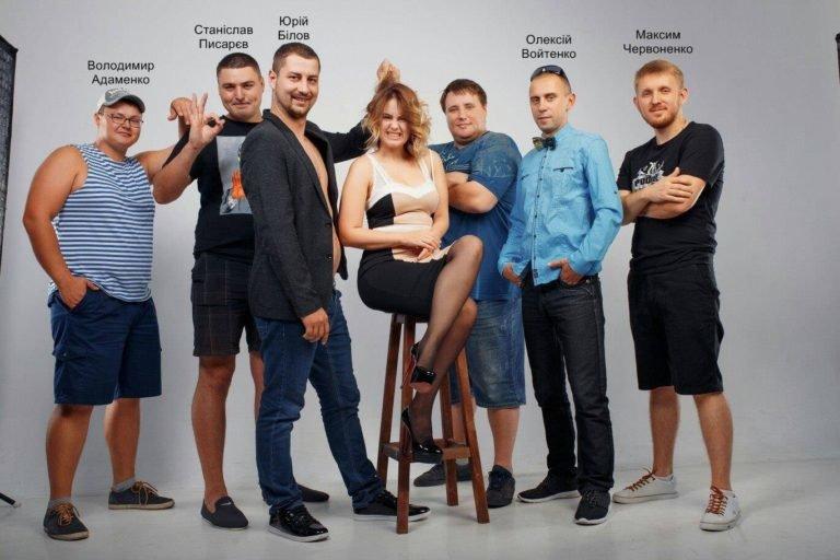 Директор запорожского департамента туризма отдал тендер на рекламу барабанщику группы, в которой раньше играл, – ФОТО, фото-1