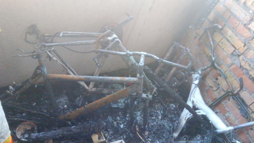 В Запорожье горела квартира в многоэтажке: тушить пожар приехали 23 спасателя, – ФОТО, фото-3
