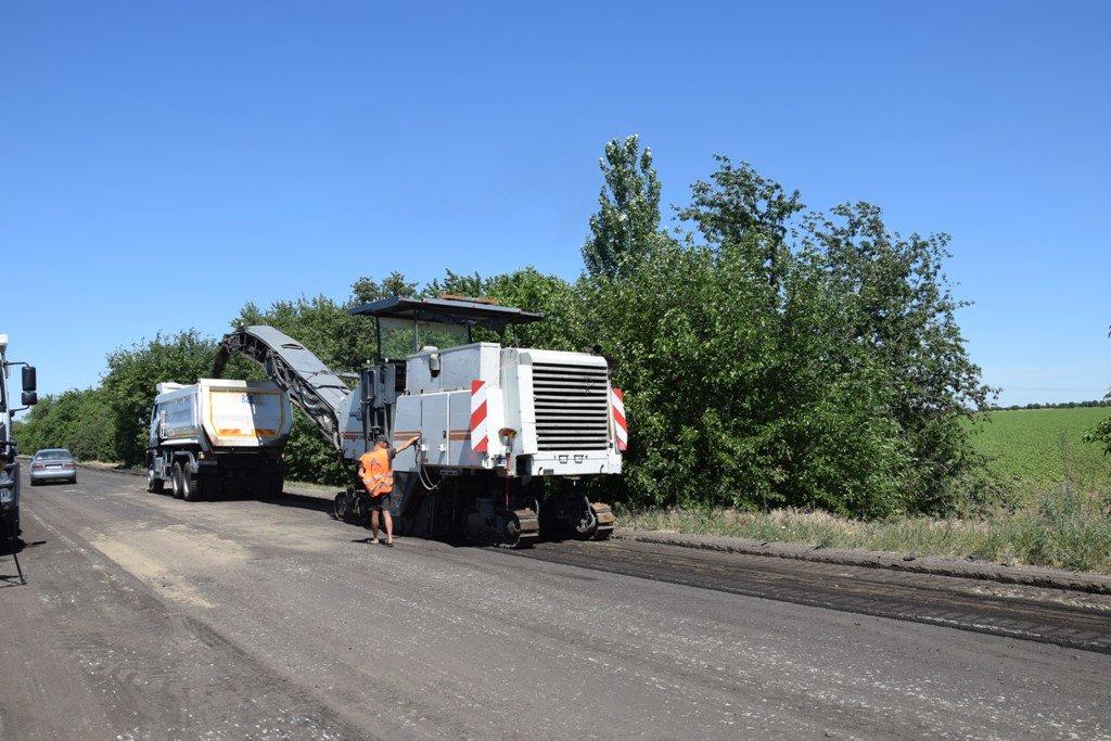 В Запорожской области начали ремонт дороги в сторону Бердянска: что уже сделали подрядчики, – ФОТО, фото-1