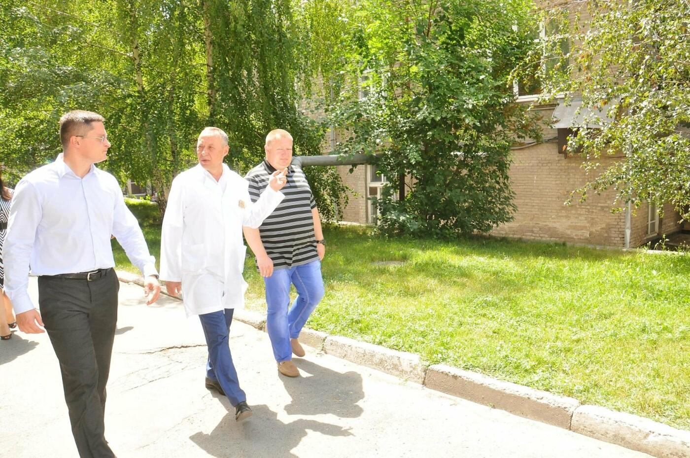 Владислав Марченко: Через месяц в областной детской больнице начнется демонтаж и строительство нового хирургического блока, фото-14