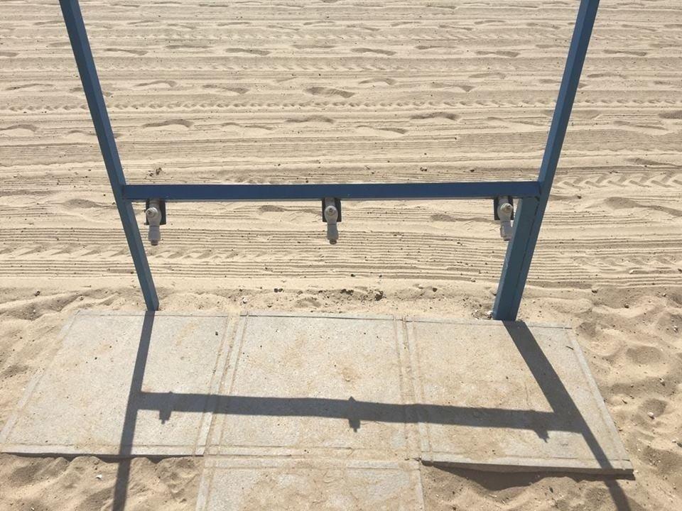 В Запорожье вандалы сломали на центральном пляже половину фонтанчиков для питья и моек для ног, – ФОТО, фото-1