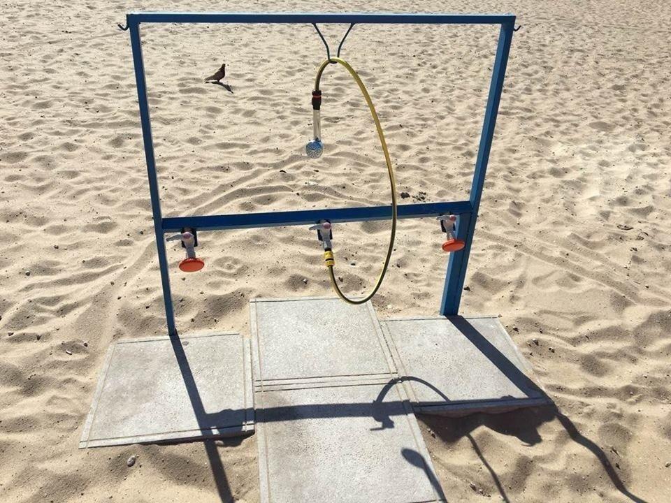В Запорожье вандалы сломали на центральном пляже половину фонтанчиков для питья и моек для ног, – ФОТО, фото-2
