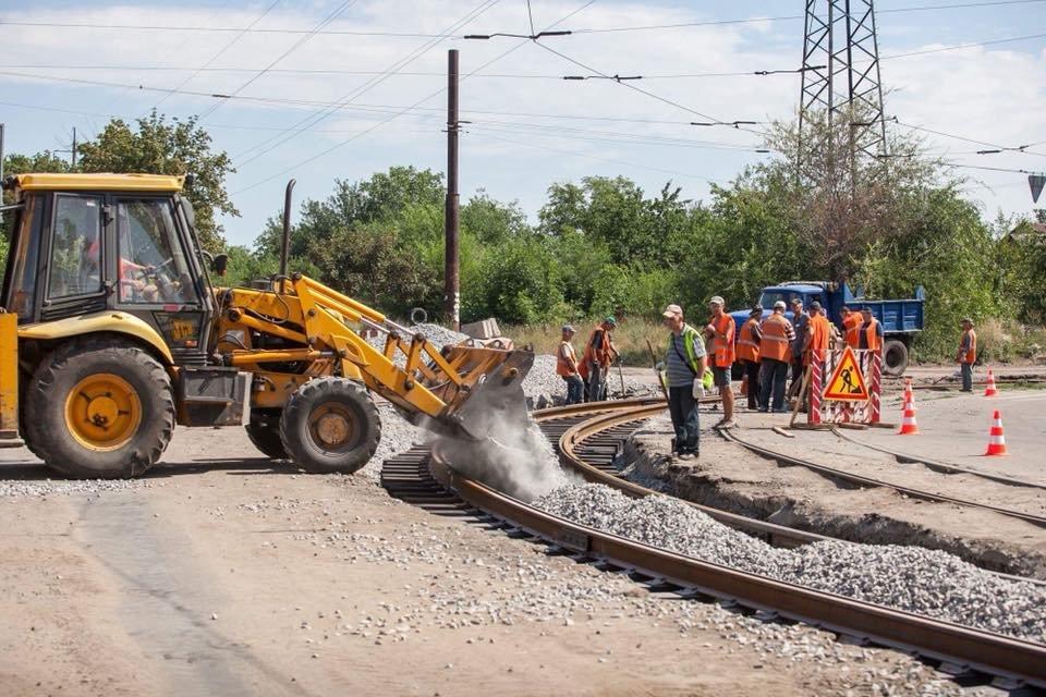 На Шевченковском начали новую реконструкцию путей, хотя предыдущую еще не закончили, – ФОТО, фото-1