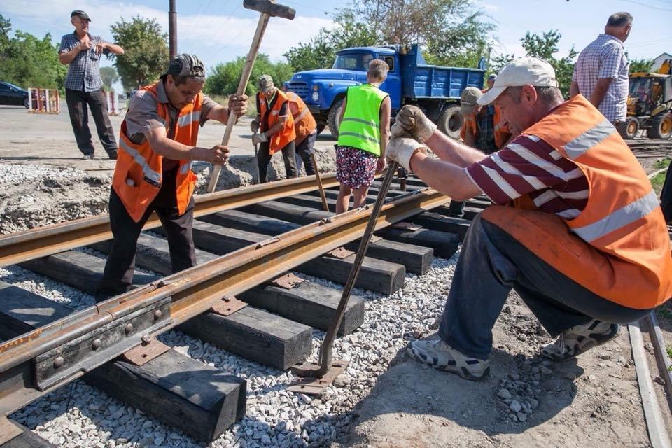 На Шевченковском начали новую реконструкцию путей, хотя предыдущую еще не закончили, – ФОТО, фото-3