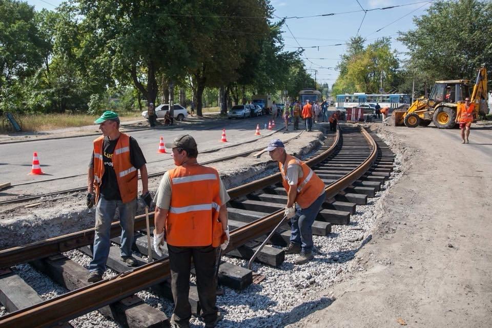 На Шевченковском начали новую реконструкцию путей, хотя предыдущую еще не закончили, – ФОТО, фото-4