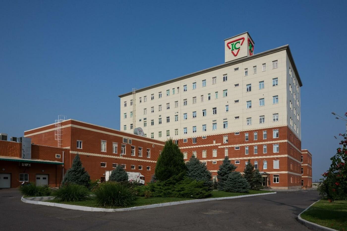 Президент отметил уникальные лекарства одесских химиков и компании «Интерхим» государственной премией, фото-2