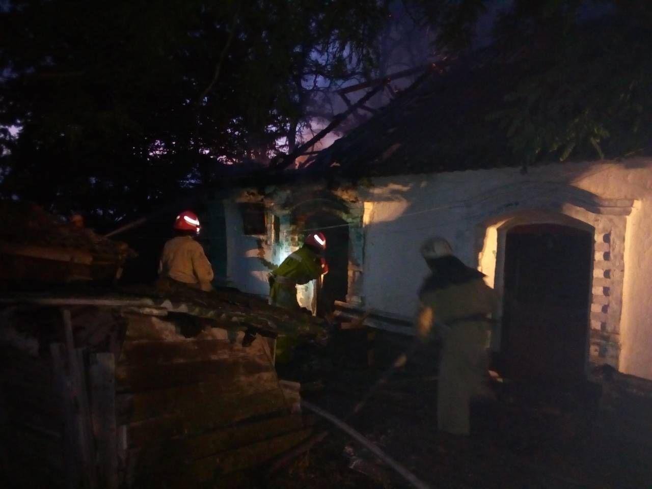 В Запорожской области в результате пожара пострадала хозяйка дома, фото-2