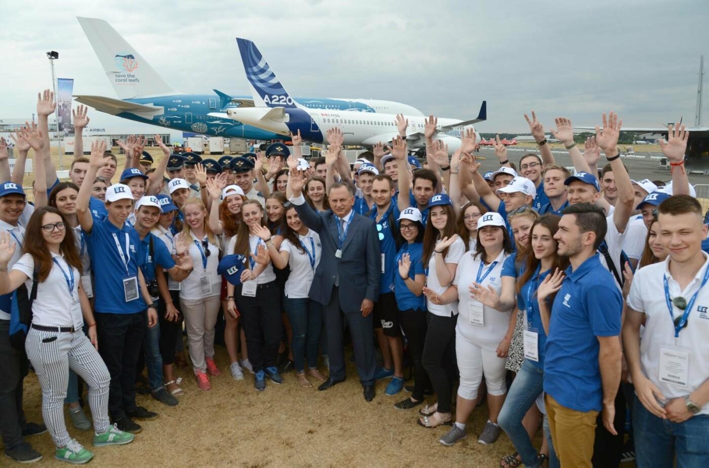 Фонд Бориса Колесникова показал авиаторам Запорожья крупнейший авиафорум в Лондоне, фото-2
