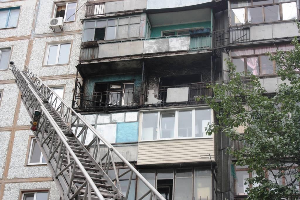 Пожар в Запорожье: горели два балкона и жилая комната, - ФОТО, фото-2