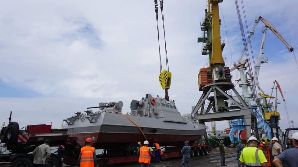 В Бердянском порту на воду спустили два первых бронекатера ВСУ, – ФОТО, фото-3