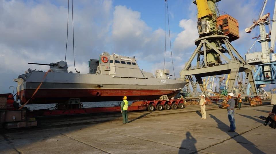 В Бердянском порту на воду спустили два первых бронекатера ВСУ, – ФОТО, фото-1