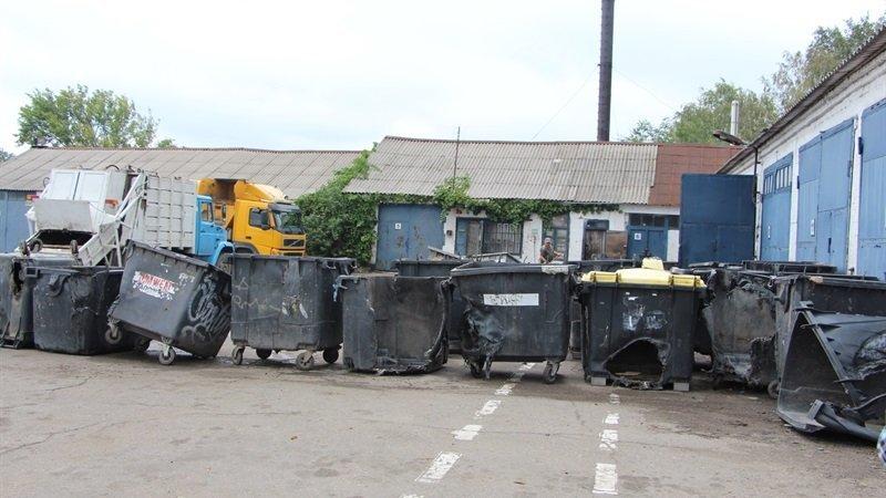 В Запорожье за три недели неизвестные сожгли 38 мусорных баков, – ФОТО, фото-1