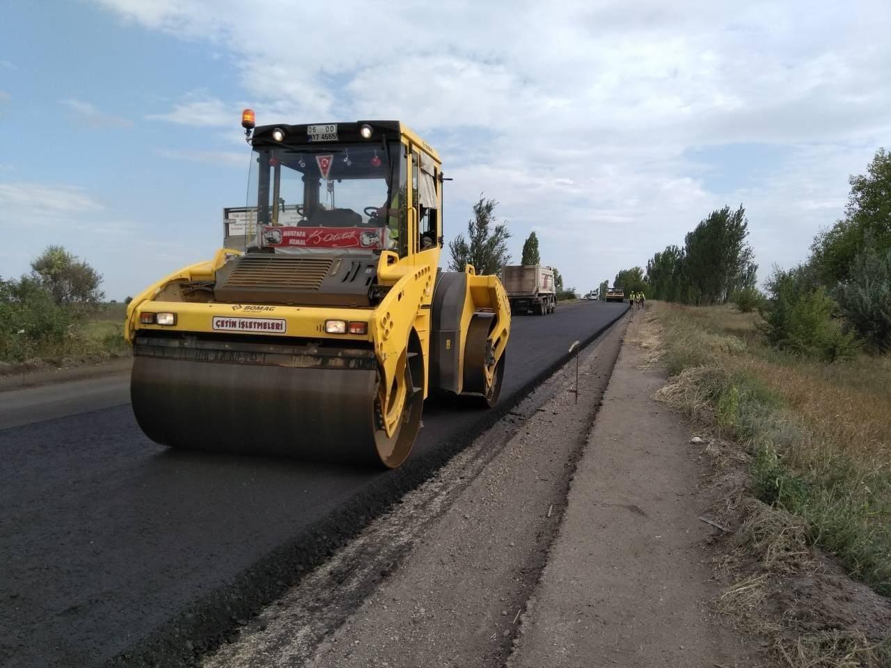 В Запорожской области продолжают ремонт трассы в Мариуполь: на каком этапе работы, – ФОТОРЕПОРТАЖ, фото-1