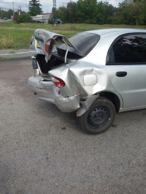 В Запорожье на Хортице водитель врезался в припаркованный Ланос, – ФОТО, фото-2