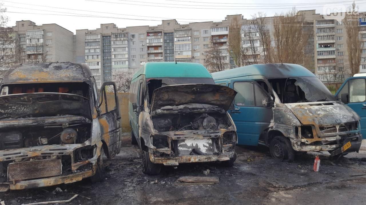 «За поджогом могут стоять наши конкуренты»: в Запорожье ночью сожгли еще один автобус компании «БасТур», – ФОТО, фото-7
