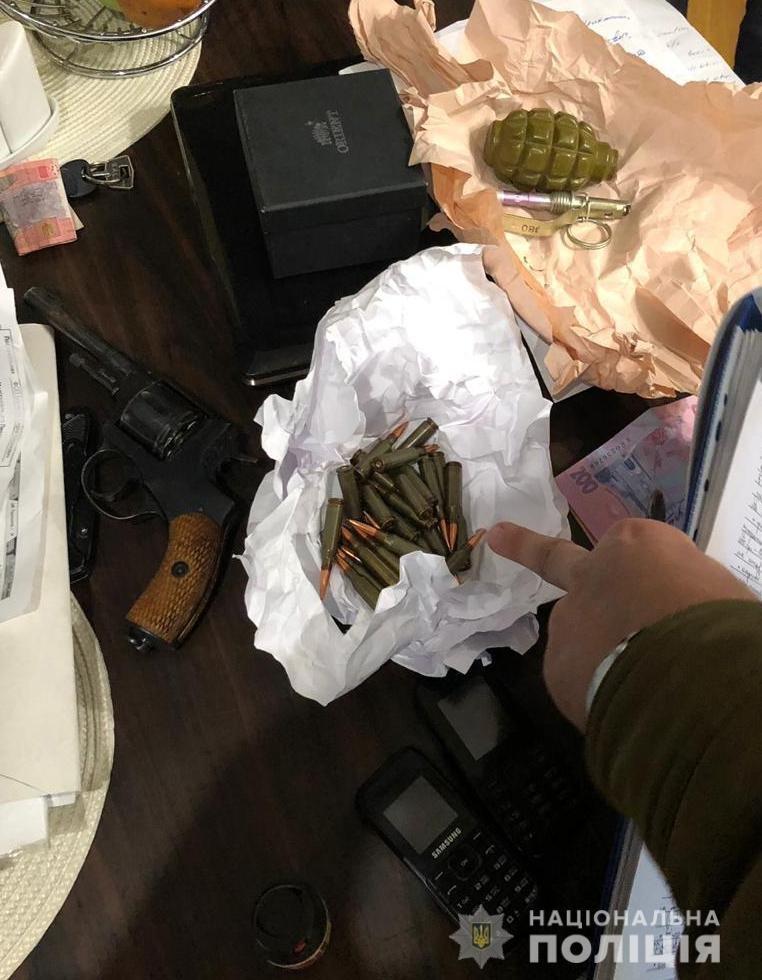 В Запорожской области у дачника обнаружили огромный арсенал оружия, – ФОТО, фото-1