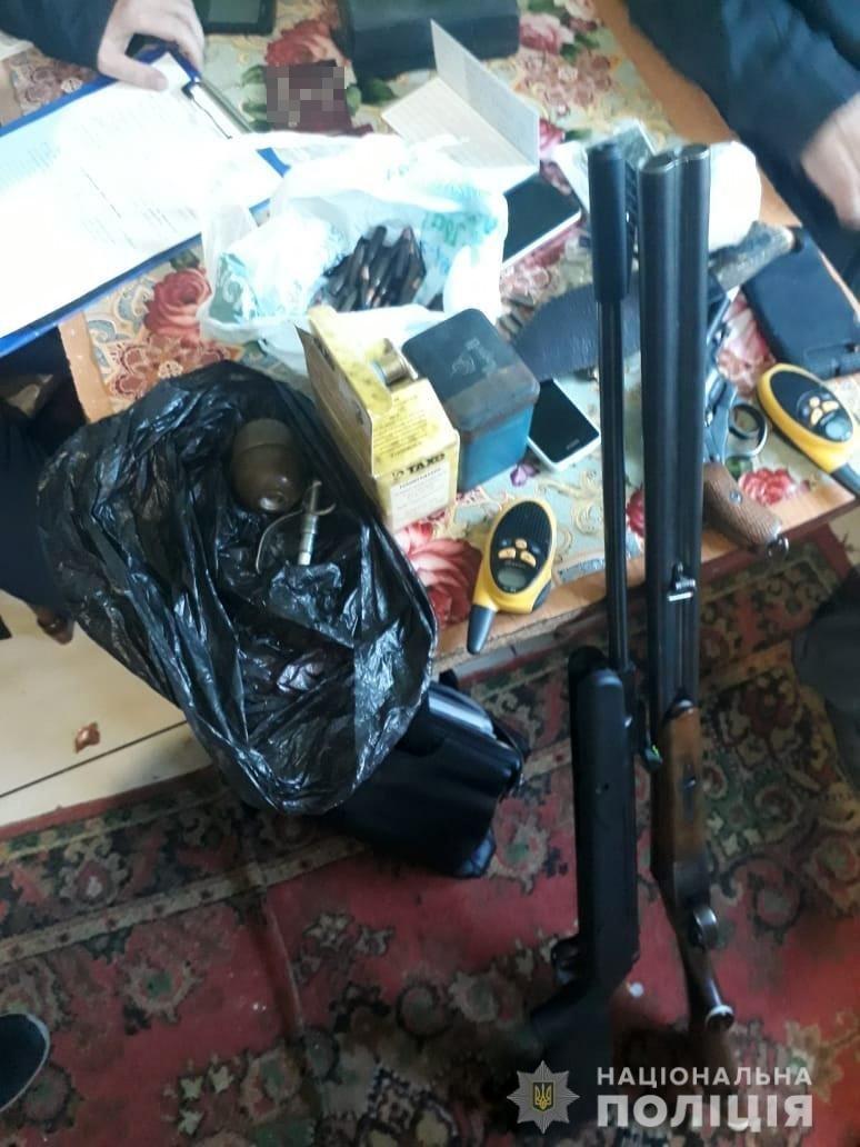 В Запорожской области у дачника обнаружили огромный арсенал оружия, – ФОТО, фото-3