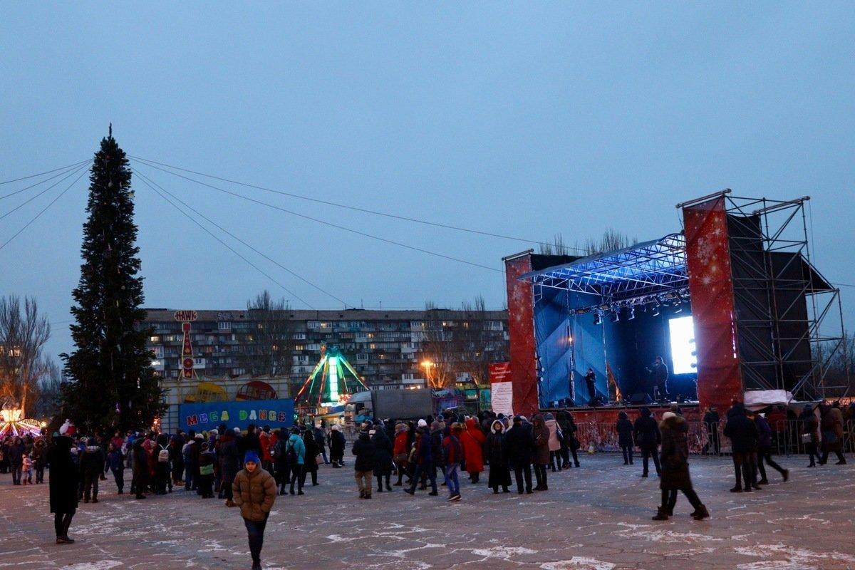 Запорожцев приглашают отметить Рождество возле главной областной елки, фото-1