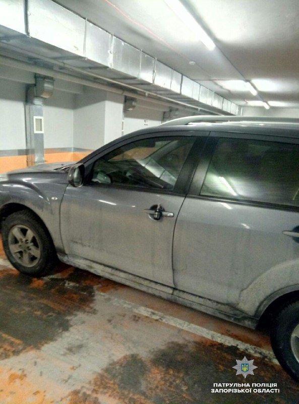 На паркинге запорожского ТРЦ заминировали авто: граната оказалась учебной, – ФОТО, фото-2