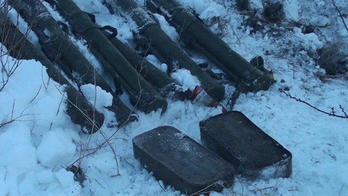 В Запорожье СБУ обнаружила схрон с гранатометами и тысячами патронов, – ФОТО, фото-1