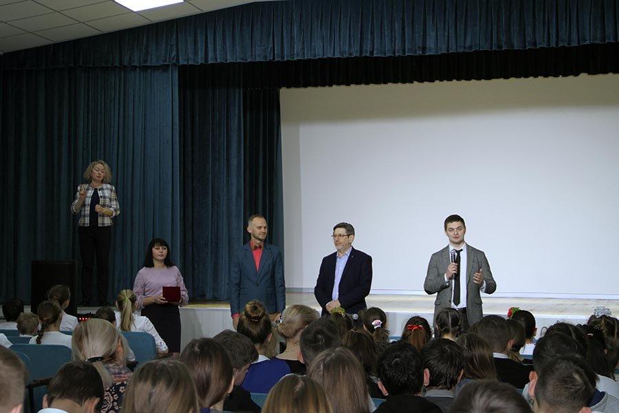 Запорожец, который стал лучшим педагогом страны, получил орден, – ФОТО  , фото-3