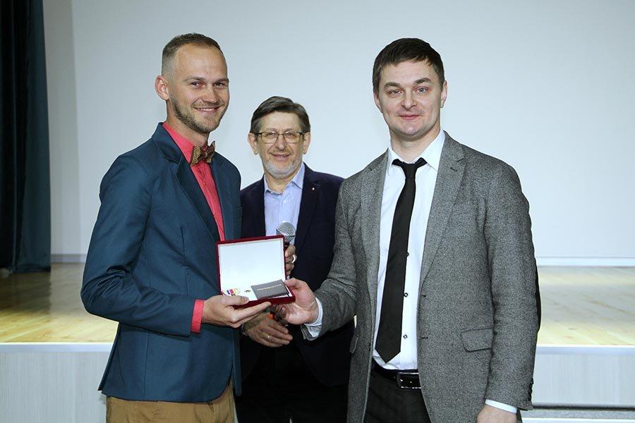 Запорожец, который стал лучшим педагогом страны, получил орден, – ФОТО  , фото-2