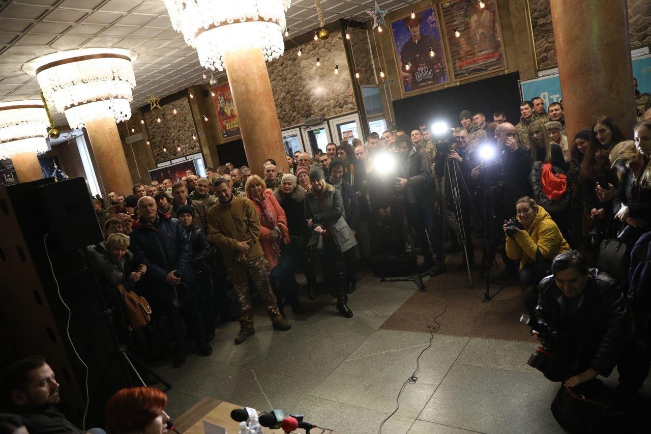"""""""Невидимий батальйон"""": в Запорожье презентовали фильм о женщинах на войне, - ФОТОРЕПОРТАЖ, фото-9"""