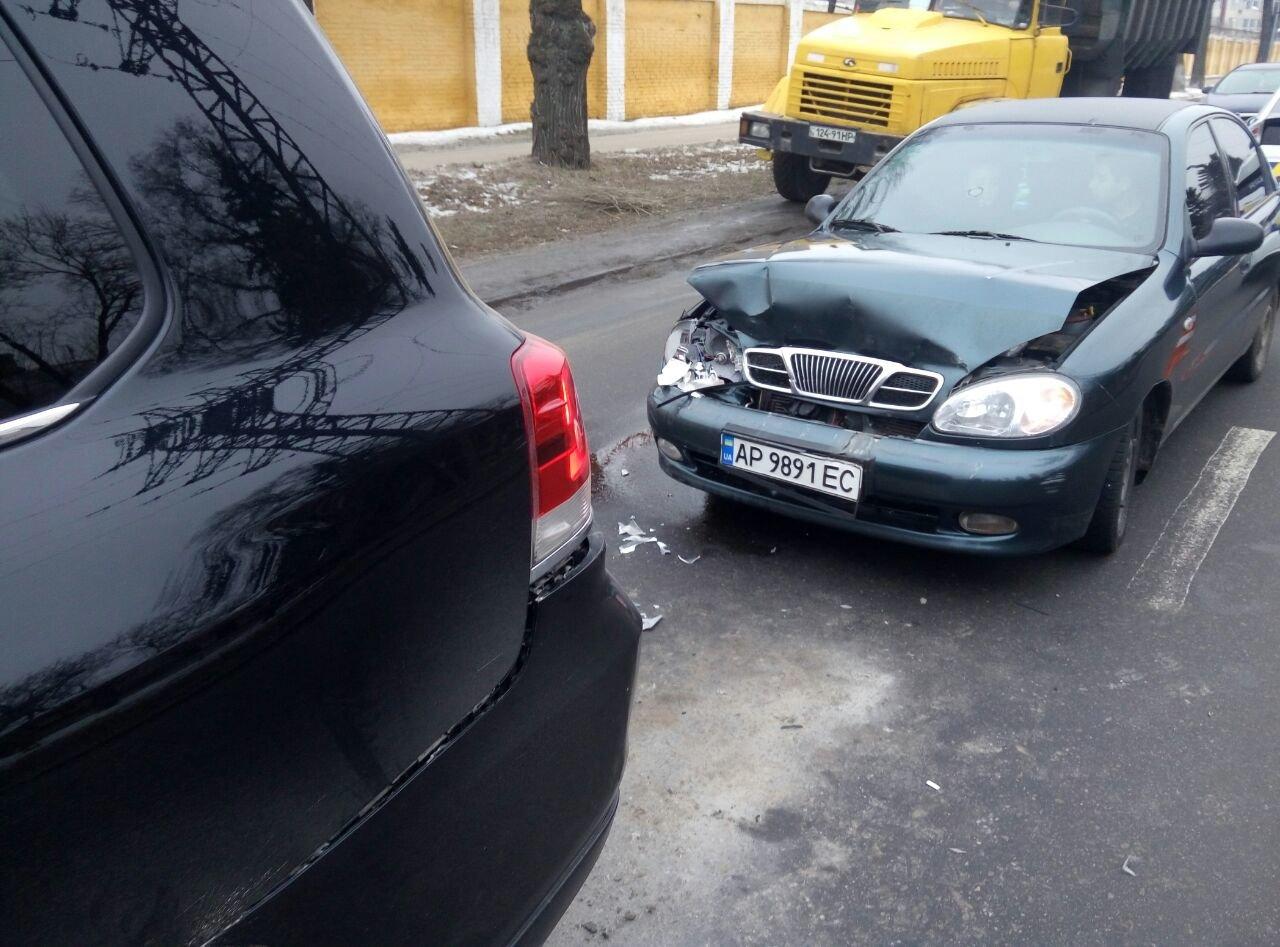 Утром в Запорожье столкнулись три иномарки, - ФОТО, фото-3