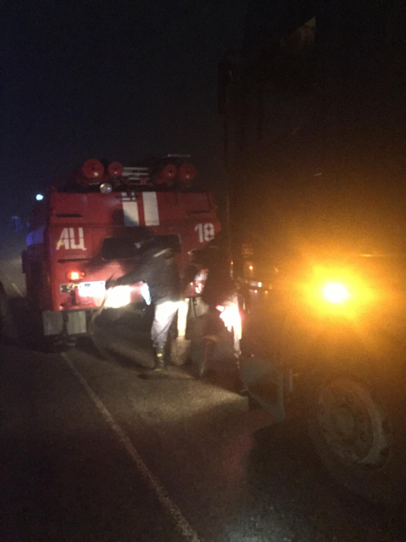"""В Запорожье и области спасатели помогли вытащить """"скорую"""" и фуру, - ФОТО, фото-2"""
