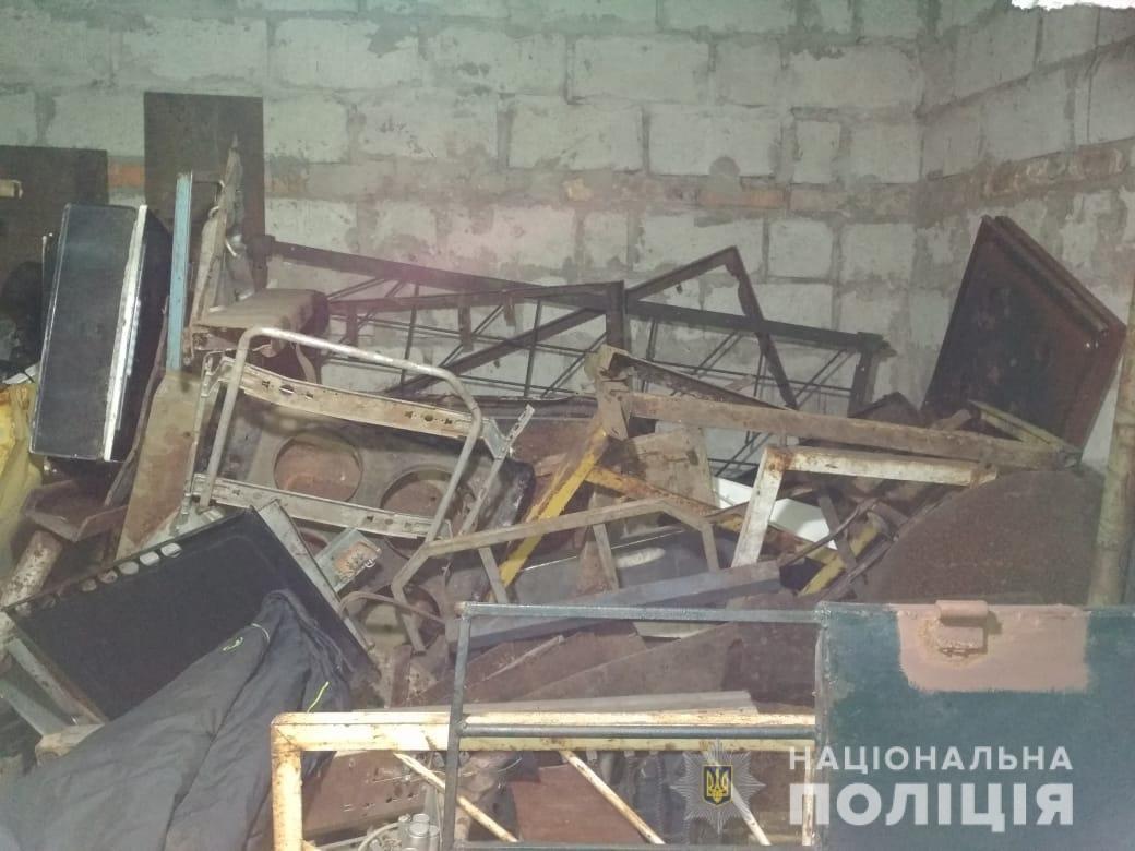 Запорожские полицейские в незаконных пунктах приема изъяли более 30 тонн металлолома, – ФОТО, фото-1