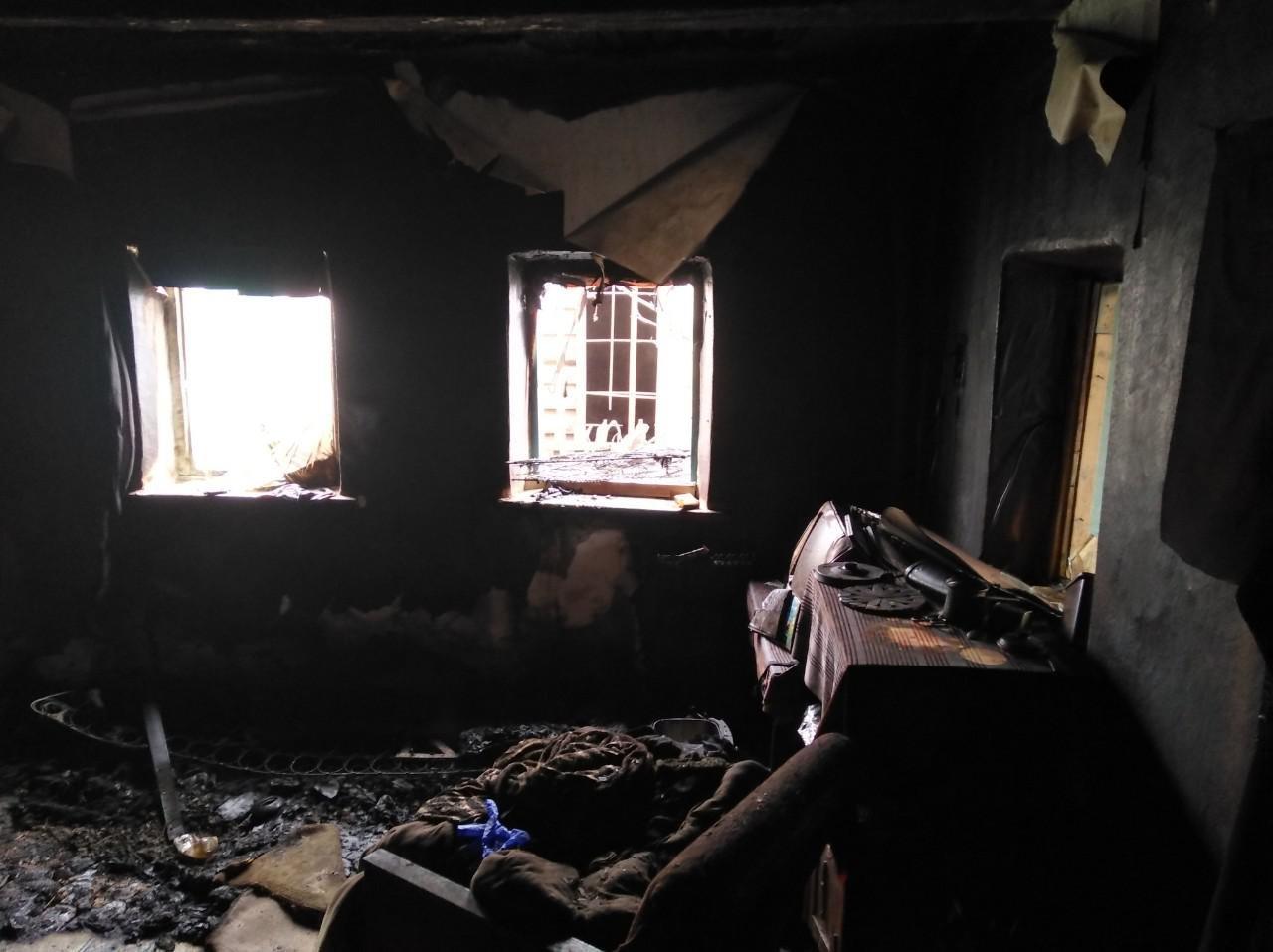 В Запорожской области горел дом: погиб владелец, – ФОТО, фото-1