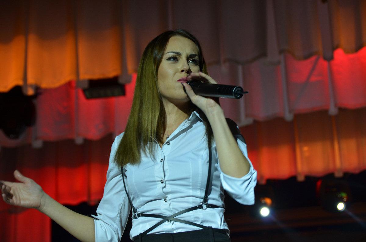 В Запорожской области певица Alyosha выступила на заводском празднике, – ФОТО, фото-7