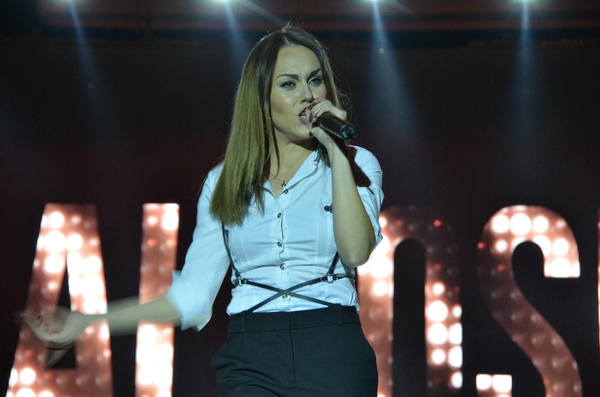 В Запорожской области певица Alyosha выступила на заводском празднике, – ФОТО, фото-6