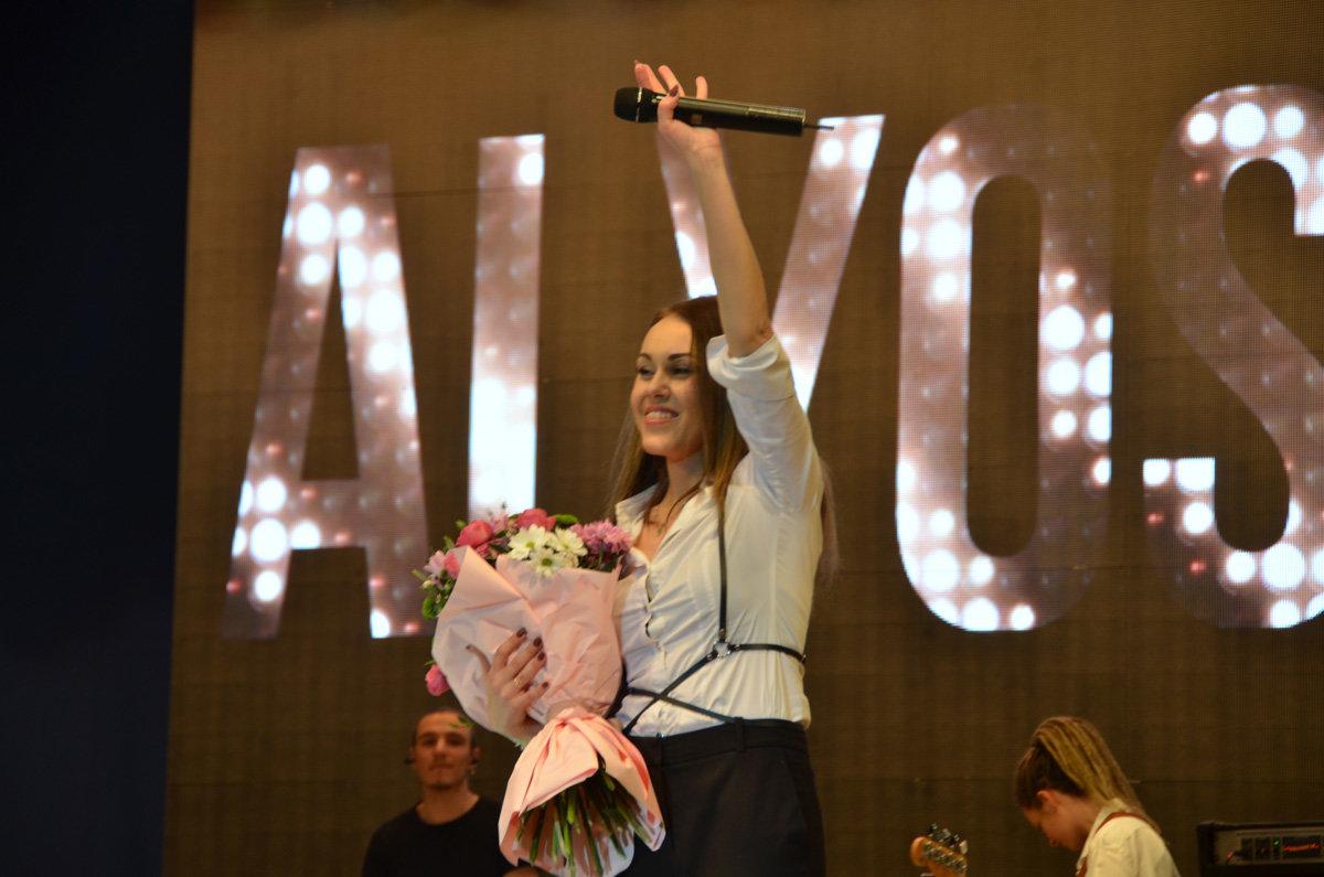 В Запорожской области певица Alyosha выступила на заводском празднике, – ФОТО, фото-8