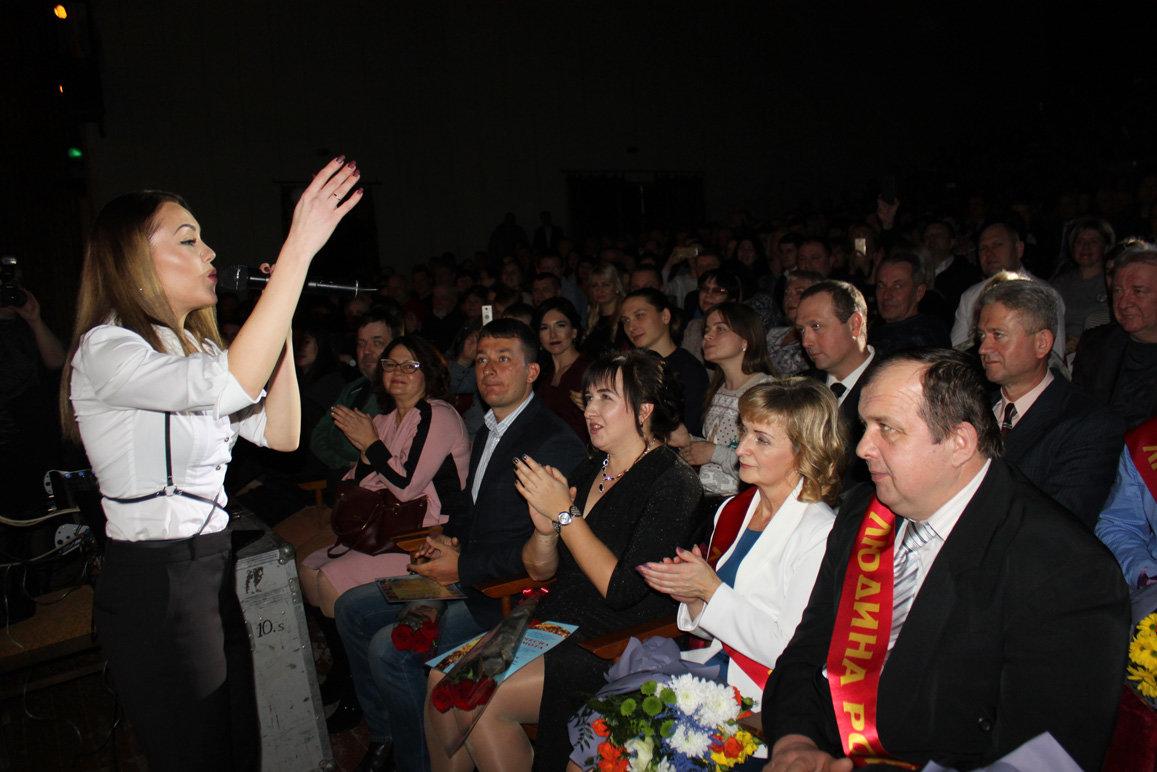 В Запорожской области певица Alyosha выступила на заводском празднике, – ФОТО, фото-10