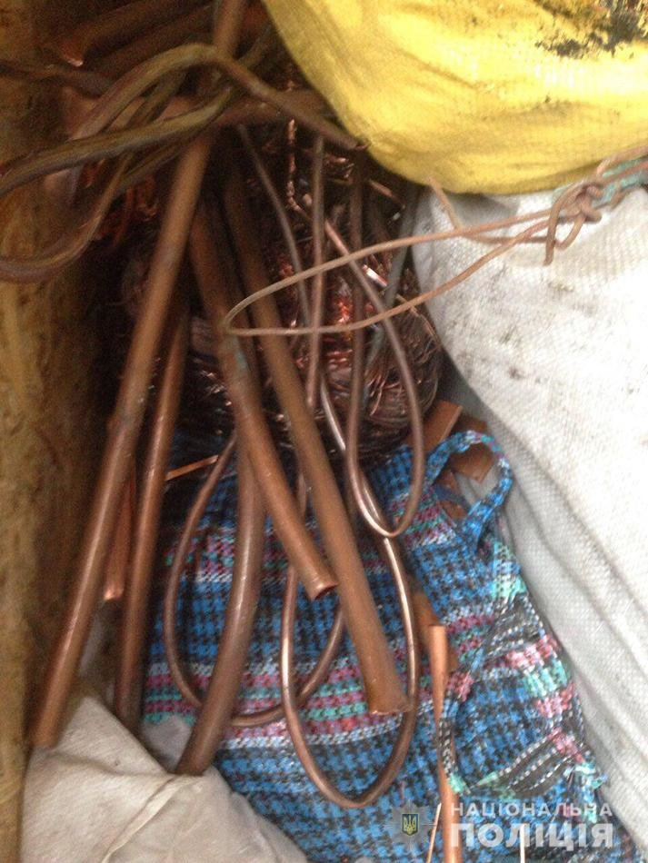 В Запорожской области на блокпосту остановили грузовик: внутри было больше тонны порезанных кабелей, фото-4